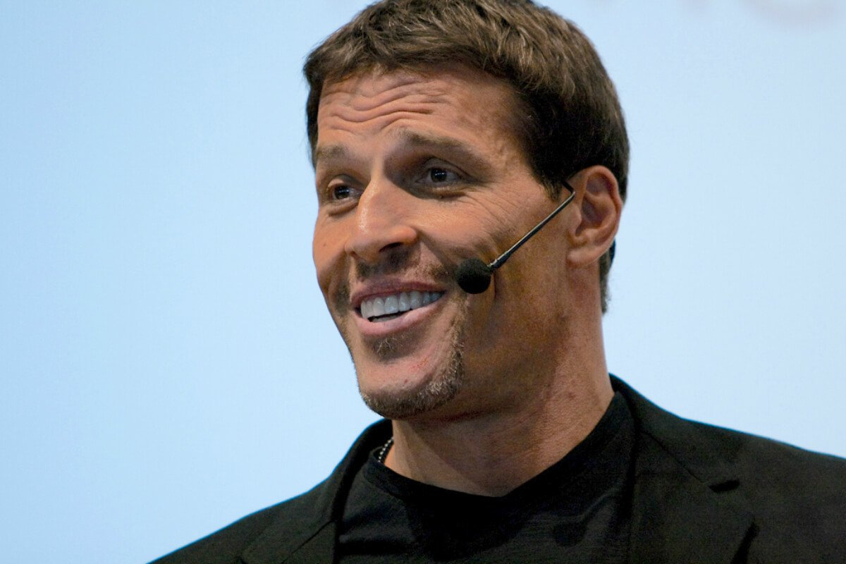 68 Inspirational Tony Robbins Quotes To Awaken The Giant Within