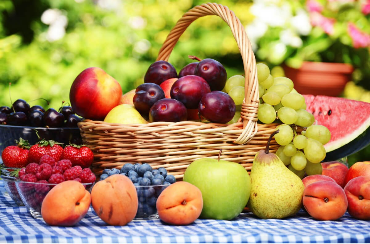 top 10 fruits to keep you energised awakenthegreatnesswithin